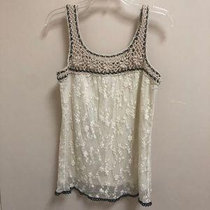 Beautiful white lace and crochet lined tank medium